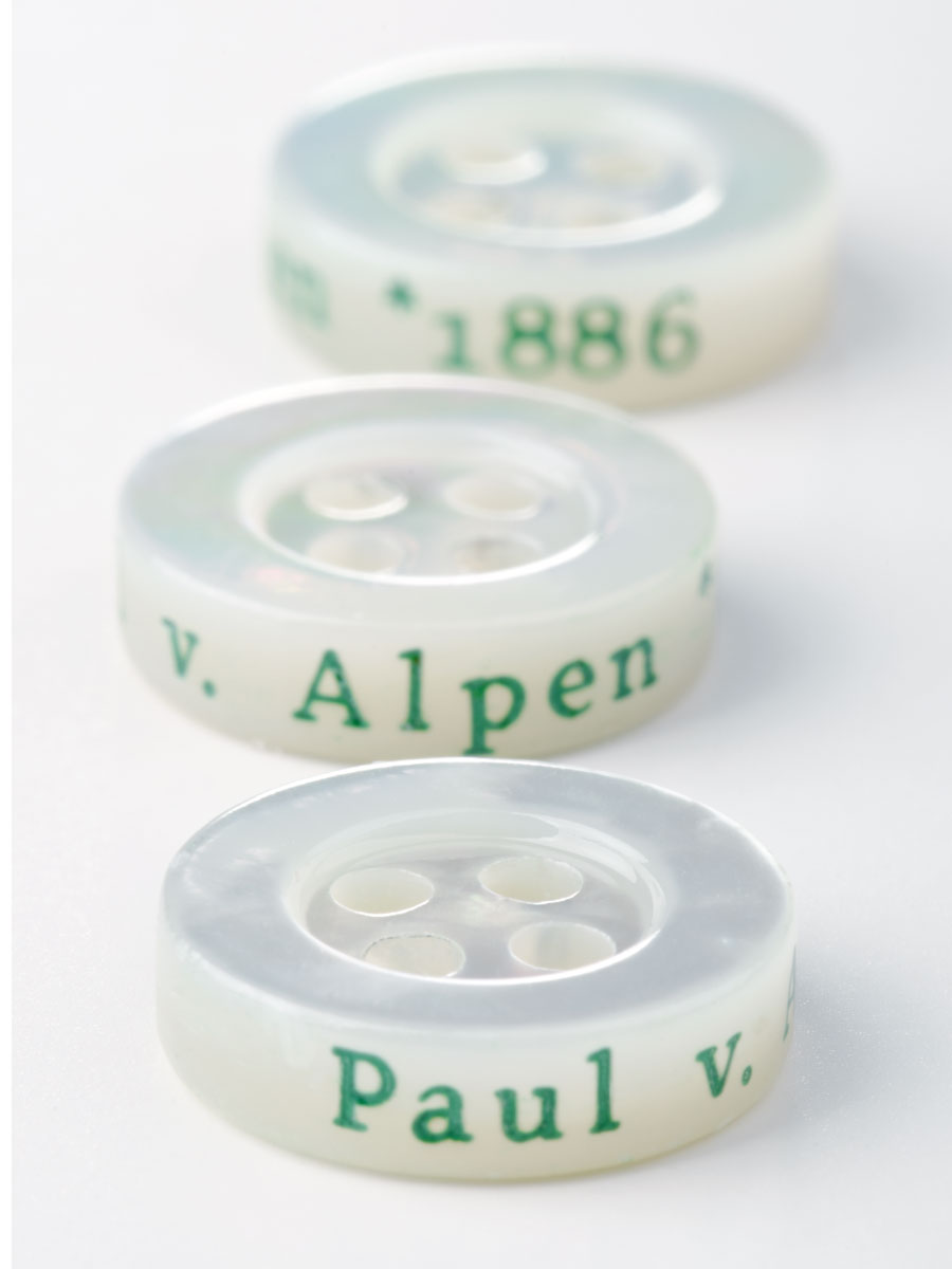 Paul von Alpen - Perlmuttknopf aus Atlantic Shell